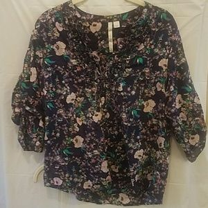 LC Lauren Conrad floral ruffle top dark blue L